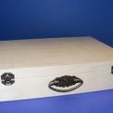 Fa füles táska(1db), Fa, Egyéb fatermék, Ékszerkészítés, Famegmunkálás, Szerelékek, Fa füles táska(1db) Külső mérete 33,5x26,5x7,5cm(belső mérete 32x25x7cm).A/4 méretű lapok kényelmes..., Alkotók boltja