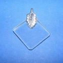 Üvegmedál-1(négyzet/1db), Üveg, Gyöngy, ékszerkellék, Üvegmedál-1(négyzet/1db) Mérete 20x20x2mm Az ár 1db medálra vonatkozik. Többféle formában k..., Alkotók boltja