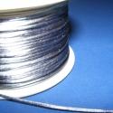 Szatén zsinór - 1 mm (ZS132. minta/5 m) - világosszürke, Fonal, cérna, Ékszerkészítés, Kötés, horgolás, Szatén zsinór (ZS132. minta) - világosszürke  Kiválóan alkalmas fonási technikákhoz, nyakbavalók fe..., Alkotók boltja