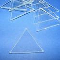 Üveglap-5(háromszög/3db), Üveg, Gyöngy, ékszerkellék, Üveglap-5(háromszög/3db) Mérete 35mm Az ár 3db üveglapra vonatkozik. Többféle formában kaph..., Alkotók boltja