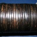 Hasított lapos bőrszíj - 5x2 mm (1. minta/1 m) - antik fekete, Hasított lapos bőrszíj - 5x2 mm (1. minta/1 m) - antik fekete Mérete: 5x2 mm Valódi hasított marhabő..., Alkotók boltja