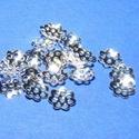 Gyöngykupak (11. minta/10 db) - 6 mm, Gyöngy, ékszerkellék, Egyéb alkatrész,  Gyöngykupak (11. minta) - ezüst színben  Mérete: 6 mm  Az ár 10 darab termékre vonatkozik.  , Alkotók boltja