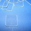 Üveglap-1 (20x20 mm/1 db) - négyzet, Gyöngy, ékszerkellék, Ékszerkészítés,  Üveglap-1 - négyzet  Mérete: 20x20x2 mm   Az ár 1 darab termékre vonatkozik. Többféle formában kap..., Alkotók boltja