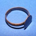 Gyűrű alap (35. minta/1 db), Gyöngy, ékszerkellék, Ékszerkészítés,  Gyűrű alap (35. minta) - ragasztható - vörösréz színben  Mérete: 19 mm (tárcsa mérete: 10 mm)  Az ..., Alkotók boltja