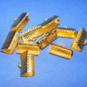 Szalagvég (443/C minta/1 db) - 13x7x5 mm, Gyöngy, ékszerkellék,  Szalagvég (443/C minta) - arany színben  Mérete: 13x7x5 mm Az ár egy darab termékre vonatkozi..., Alkotók boltja
