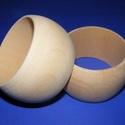Fa karperec alap (68x45 mm/1 db), Gyöngy, ékszerkellék,  Fa karperc alap - natúr kivitelben  Mérete: 45 mm (szélesség) x 68 mm (belső átmérő)  Az á..., Alkotók boltja