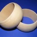 Fa karperec alap (70x35 mm/1 db), Gyöngy, ékszerkellék,  Fa karperc alap - natúr kivitelben  Mérete: 35 mm (szélesség) x 70 mm (belső átmérő)  Az á..., Alkotók boltja
