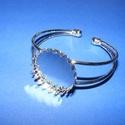 Fém karkötő alap (9. minta/1 db) - platinum, Gyöngy, ékszerkellék,  Fém karkötő alap (9. minta) - egy tárcsás - platinum színben - csipkés szélűNikkel-, kadmi..., Alkotók boltja
