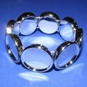 Karkötő alap (208. minta/1 db), Gyöngy, ékszerkellék,  Műanyag karkötő alap (208. minta) - kerek - ezüst színben  A kör lapocskák mérete: 24..., Alkotók boltja