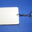 Fa kulcstartó-2 (60x45 mm/1 db) - téglalap, Fa, Famegmunkálás, Egyéb fa,  Fa kulcstartó-2 - platinum színű láncos kulcstartóval - téglalap  Fa alap mérete: 60x45 mmAnyaga: ..., Alkotók boltja