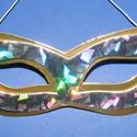 Papír szemálarc (18,5x6,3 cm/1 db) - arany/ezüst, Díszíthető tárgyak, Papírmasé, Mindenmás,  Papír szemálarc - gumival - arany alap, hologramos ezüst minta  Mérete: 18,5x6,3 cm Az ár eg..., Alkotók boltja