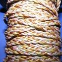 Fonott bőrszíj - 5x2 mm (1. minta - LAPOS/0,5 m) - vegyes színű, Vegyes alapanyag, Egyéb alapanyag,  Fonott bőrszíj (1. minta) - lapos - vegyes színűValódi bőr alapanyagból készült fonott, la..., Alkotók boltja