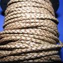 Fonott bőrszíj - 2,5 mm (15. minta/0,5 m) - ezüst/barna, Vegyes alapanyag, Egyéb alapanyag, Bőrművesség,  Fonott bőrszíj (15. minta) - ezüst/barnaValódi bőr alapanyagból készült fonott, hengeres szíj.Átmé..., Alkotók boltja