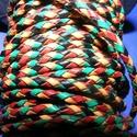Fonott bőrszíj - 2,5 mm (19. minta/0,5 m) - vegyes színű, Vegyes alapanyag, Egyéb alapanyag,  Fonott bőrszíj (19. minta) - vegyes színű (piros/sárga/zöld/fekete)Valódi bőr alapanyagból..., Alkotók boltja