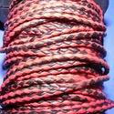 Fonott bőrszíj - 2,5 mm (2. minta/0,5 m) - fekete/piros, Vegyes alapanyag, Egyéb alapanyag, Bőrművesség,  Fonott bőrszíj (2. minta) - fekete/pirosValódi bőr alapanyagból készült fonott, hengeres szíj.Átmé..., Alkotók boltja