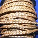 Fonott bőrszíj - 2,5 mm (21. minta/0,5 m) - arany/ezüst, Vegyes alapanyag, Egyéb alapanyag, Bőrművesség,  Fonott bőrszíj (21. minta) - ezüst/aranyValódi bőr alapanyagból készült fonott, hengeres szíj.Átmé..., Alkotók boltja