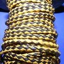 Fonott bőrszíj - 2,5 mm (6. minta/0,5 m) - fekete/sárga, Vegyes alapanyag, Egyéb alapanyag, Bőrművesség,  Fonott bőrszíj (6. minta) - fekete/sárgaValódi bőr alapanyagból készült fonott, hengeres szíj.Átmé..., Alkotók boltja