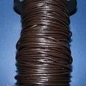 Hasított bőrszíj - 3 mm (2. minta/1 m) - sötét kávébarna, Vegyes alapanyag, Egyéb alapanyag, Bőrművesség,  Hasított bőrszíj (2. minta) - tekercses - sötét kávébarna  Mérete: 3 mm átmérőjűValódi hasított ma..., Alkotók boltja