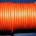 Hasított bőrszíj - 5 mm (7. minta/1 m) - narancssárga (metál), Vegyes alapanyag, Egyéb alapanyag, Bőrművesség,  Hasított bőrszíj (7. minta) - narancssárga (metál)Mérete: 5 mm átmérőjűValódi hasított marhabőrből..., Alkotók boltja