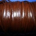 Lapos bőrszíj - 3x1,5 mm (4. minta/1 m) - sötétbarna, Vegyes alapanyag, Egyéb alapanyag,  Lapos bőrszíj (4. minta) - szögletes - tekercses - sötétbarna  Mérete: 3x1,5 mm átmérőjű ..., Alkotók boltja