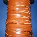 Lapos bőrszíj - 7x2 mm (3. minta/1 m) - barna, Vegyes alapanyag, Egyéb alapanyag, Bőrművesség,  Lapos bőrszíj (3. minta) - tekercses - lapos - barna  Mérete: 7x2 mmValódi hasított marhabőrből ké..., Alkotók boltja
