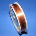 Ékszerdrót (? 0,8 mm/1 db) - réz színű, Gyöngy, ékszerkellék, Drót, Ékszerkészítés, Fűzőszál, Ékszerdrót - réz színűKiváló minőségű, fűzésre alkalmas ékszerdrót.Méret: ? 0,8 mmA tekercsen kb. 3..., Alkotók boltja