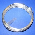 Gyöngyfűző drót - német (? 0,8 mm/1 db) - ezüst színű, Gyöngy, ékszerkellék, Drót, Ékszerkészítés, Fűzőszál,  Gyöngyfűző drót - ezüst színű  Kiváló német minőségű, réz alapú, fűzésre alkalmas ékszerdrót. Mére..., Alkotók boltja