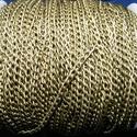 Bronz színű lánc (60. minta/1 m) - 3x5x0,8 mm, Gyöngy, ékszerkellék,  Bronz színű lánc (60.minta)  A szem mérete: 3x5x0,8 mm A feltüntetett ár 1 méter láncra vo..., Alkotók boltja