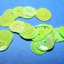 Flitter-19 (3 g) - világoszöld (kerek), Gyöngy, ékszerkellék, Varrás,  Flitter-19 - világoszöld - kerek  Mérete: Ø 9 mmA furat mérete: 1 mm  Kiszerelés: 3 g (kb. 1..., Alkotók boltja