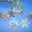 Flitter-31 (3 g) - hologramos ezüst (hópehely), Gyöngy, ékszerkellék, Varrás,  Flitter-31 - hologramos ezüst - hópehely  Mérete: Ø 20 mmA furat mérete: 1 mm  Kiszerelés: 3..., Alkotók boltja