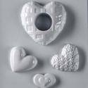 Mécses-38 - gipszöntő forma (4 motívum) - szívek, Szerszámok, eszközök, Egyéb szerszám, eszköz, Gipszöntés,               Mécses-38 - gipszöntő forma - szívek  - sablon: 25x20 cm- minta: 4,5-10 cm Az ár egy ..., Alkotók boltja
