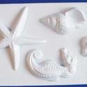 Tengeri-17 - gipszöntő forma (4 motívum) - kagylók + csikóhal, Szerszámok, eszközök, Egyéb szerszám, eszköz, Gipszöntés,            Tengeri-17 - gipszöntő forma - kagylók + csikóhal  - sablon: 16x24 cm- minta: 4-12 cm Az..., Alkotók boltja