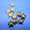 Fém szegecs (6. minta/1 db) - csillag, Csat, karika, zár, Mindenmás,  Fém szegecs (6. minta) - kúp - arany színben  Mérete: 7 mm  Az ár egy darab szegecsre vonatkozik., Alkotók boltja