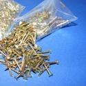Szög-3 (10x2 mm/20 db) - arany, Csat, karika, zár, Mindenmás,  Szög-3 - arany  Mérete: 10x2 mmFejátmérő: 2 mm  A csomag tartalma 20 db szög. Az ár egy csomagra (..., Alkotók boltja