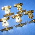 Doboz csat (17. minta/1 db) - arany, Csat, karika, zár, Mindenmás,  Doboz csat (17. minta) - arany színben  Mérete: 17x20 mm Az ár egy darab termékre vonatkozik. , Alkotók boltja