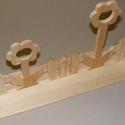 Margarétás polc (40 cm/1 db), Fa, Famegmunkálás, Egyéb fa,  Margarétás polc  Mérete: 40x7x20 cm    Az ár egy darab termékre vonatkozik.  , Alkotók boltja