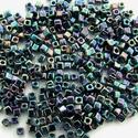 Szögletes gyöngy (17. minta/10 g) - irizáló metálszínek, Gyöngy, ékszerkellék, Gyöngy,  Szögletes gyöngy (17. minta) - irizáló metálszínek  Kiszerelés: 10 g (kb. 100 db gyöngy)  A gyöngy..., Alkotók boltja
