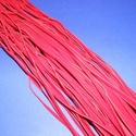 Bőrutánzat zsinór (ZS61/1 db) - piros, Egyéb alapanyag, Bőrművesség,  Bőrutánzat zsinór (ZS61) - piros  Mérete: 3x1 mm/1 m Nyakbavaló alapnak, fonási technikákhoz aján..., Alkotók boltja