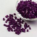 Szögletes gyöngy (41. minta/15 g) - matt padlizsánlila, Gyöngy, ékszerkellék, Gyöngy,  Szögletes gyöngy (41. minta) - padlizsánlila - matt  Kiszerelés: 15 g (kb. 160 db gyöngy)  A gyöng..., Alkotók boltja