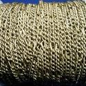 Bronz színű lánc (49. minta/1 m) - 4x8x0,8 mm, Gyöngy, ékszerkellék,  Bronz színű lánc (49. minta)  A nagyobb szem mérete: 4x8 mmA kisebb szem mérete: 3,5x4,5 mmA h..., Alkotók boltja