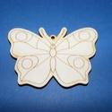 Fa alap (28. minta/1 db) - kicsi pillangó, Fa,  Fa alap (28. minta) - kicsi pillangó    Mérete: 3x2,5 cm Anyaga: natúr rétegelt lemezAnyagvas..., Alkotók boltja