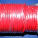 Hasított bőrszíj - 5 mm (2. minta/1 m) - piros, Egyéb alapanyag,  Hasított bőrszíj (2. minta) - tekercses - piros  Mérete: 5 mm átmérőjűValódi hasított mar..., Alkotók boltja