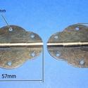 Zsanér (15. minta/1 db) - 57x42 mm, Csat, karika, zár, Mindenmás,   Zsanér (15. minta) - bronz színben  A zsanér mérete (nyitottan): 57x42 mmA furat mérete: 3 mm  Az..., Alkotók boltja
