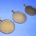 Medál alap (118. minta/1 db), Gyöngy, ékszerkellék, Ékszerkészítés,  Medál alap (118. minta) - kerek - bronz színben  A belső mérete: 25 mm  A medálba a termékeim köz..., Alkotók boltja