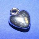 Medál (519. minta/1 db) - szív, Gyöngy, ékszerkellék, Ékszerkészítés,  Medál (519. minta) - szív - ezüst színben  Mérete: 12x10x4 mmAz ár 1 db termékre vonatkozik. , Alkotók boltja