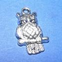 Medál (583/A minta/1 db) - bagoly, Gyöngy, ékszerkellék,  Medál (583/A minta) - bagoly - ezüst színben  Mérete: 12x22 mm  Az ár egy darab termékre vona..., Alkotók boltja
