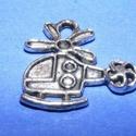 Medál (631. minta/1 db) - helikopter, Gyöngy, ékszerkellék,  Medál (631. minta) - helikopter - ezüst színben  Mérete: 19x18 mm Az ár 1 db termékre vonatk..., Alkotók boltja