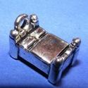 Medál (635. minta/1 db) - ágy, Gyöngy, ékszerkellék, Alkotók boltja