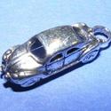 Medál (648. minta/1 db) - autó, Gyöngy, ékszerkellék,  Medál (648. minta) - autó - antik ezüst színben  Mérete: 20x6x8 mm  Az ár egy darab termékre..., Alkotók boltja