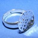 Gyűrű alap (20. minta/1 db), Gyöngy, ékszerkellék, Ékszerkészítés,  Gyűrű alap (20. minta) - ezüst színben - fűzhető, varrható  Mérete: 18 mm (karika átmérő); 15 mm (..., Alkotók boltja